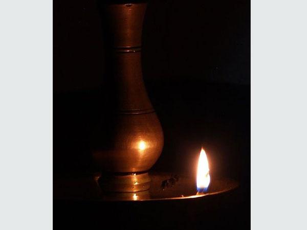 രാമായണ പാരായണം ഇങ്ങനെയെങ്കില് കാര്യസാധ്യം