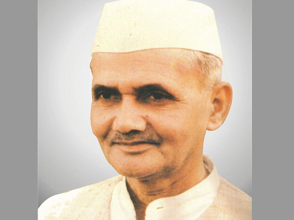 Facts About Lal Bahadur Shastri