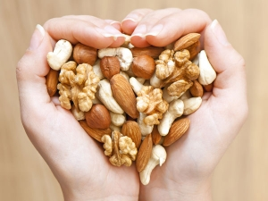 Handful Of Nuts Daily May Cut Risk Heart Disease And Cancer