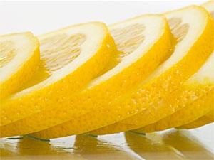 Lemon Juice Hair Care Aid