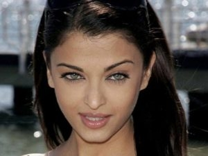 Woman Which Age Most Beautiful Aid