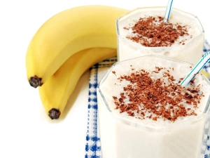 How Go Make Banana Chocolate Shake