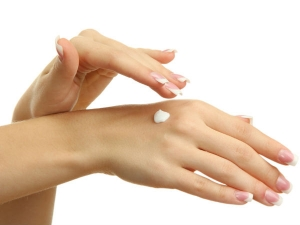 Hands Whitening Tips At Home