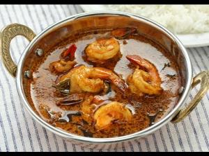 Kocnhu Varutharacha Curry