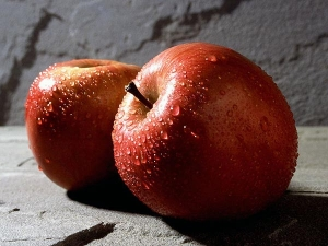 Strange Side Effects Of Consuming Apple
