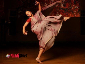 Graceful Dancers Tuned Actress