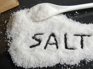 Side Effects Of Ingesting Too Much Salt