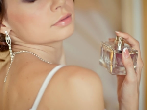 Five Easy Hacks To Make Your Perfume Last Longer