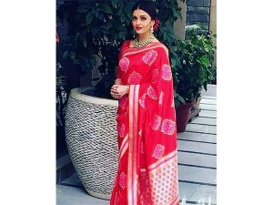 Aishwarya Rai Indian Outfits