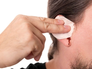 Safe Home Remedies To Remove Earwax