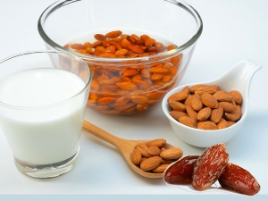 Health Benefits Of Soaking Almonds And Dates In Milk Before Eating