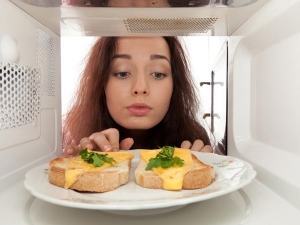 Tips For Using Your Microwave Oven Safely