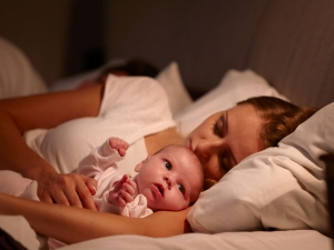 Benefits And Tips For Co Sleeping With Your Baby