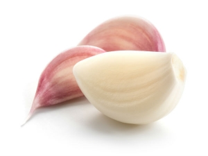 Putting Garlic In Your Socks Before Going To Bed
