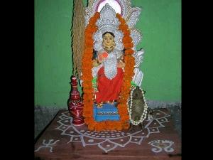 Significance Of Lakshmi Puja In Diwali