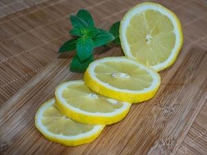 Proven Ways Use Lemon Juice Hair Fall