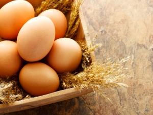 Egg Packs Healthy Hair Growth
