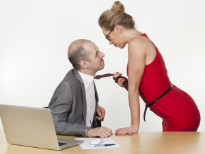 The Dos Dont Of Office Romance