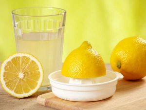Amazing Health Benefits Of Drinking Warm Lemon Water Daily