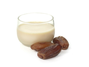 Health Benefits Of Milk And Dates Before Going To Bed