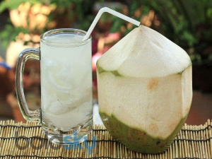 Amazing Benefits Drinking Coconut Water During Pregnancy