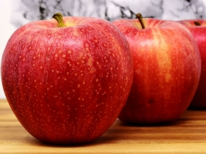 All You Need About Apple Seeds