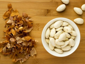 Amazing Health Benefits Soaked Almond In Hot Water