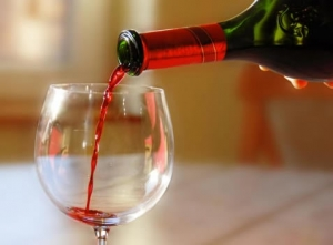 How Does Red Wine Benefit The Skin