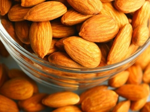Beauty Benefits Of Almond Skin And Hair