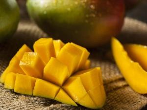 Best Homemade Mango Face Packs For Healthy Skin