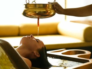 Hair Care Benefits Of Hot Olive Oil Massage
