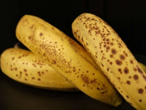 How Black Spotted Banana Helps Reduce Cancer Chances