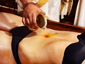 Health Benefits Applying Ghee On Belly Button