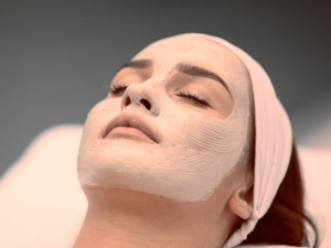 Why You Should Apply Multani Mitti Daily On Face