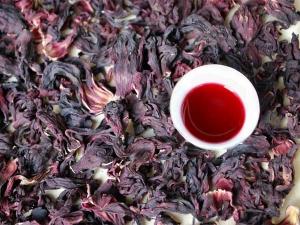 Benefits Of Drinking Hibiscus Tea