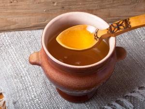 Coconut Oil And Honey For Better Sleep