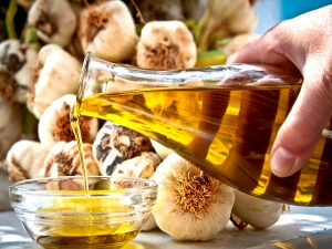 Garlic Hair Oil For Hair Loss