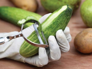 Health Benefits Of Eating Cucumber Peel