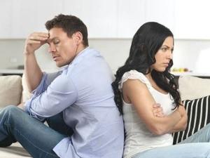 Bedroom Vastu To Avoid Fight Between Couples