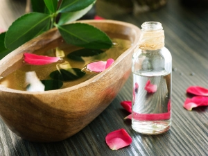Rose Water Tips For Anti Aging