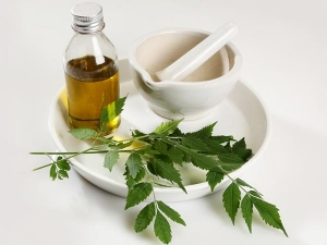 Neem Oil Lemon Mix For Skin Problems