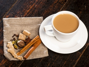 Ginger And Cardamom Tea For Better Health