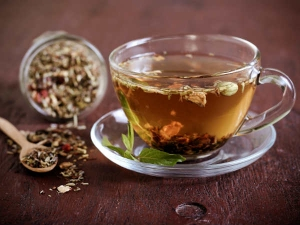 Herbal Teas To Help Reduce Bloating And Gas At Home