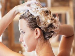 Bad Hair Wash Habits That Cause Hair Loss