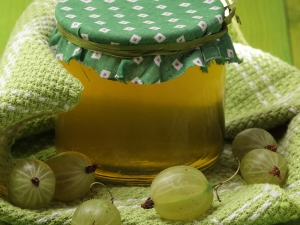 Beauty Home Remedies To Reduce Your Hair Fall Easily