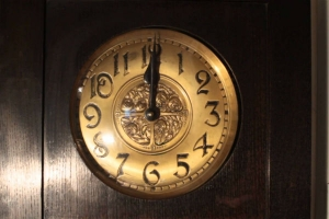 Where To Place Clock In Home As Per Vastu