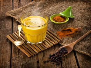 Anti Ageing Coconut And Turmeric Drink Recipe