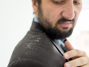 Types Of Dandruff And How To Stop Them