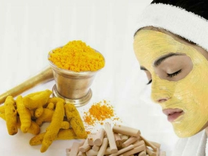 Turmeric Face Mask To Treat Hyperpigmentation