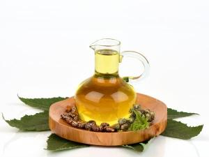 Try Castor Oil For Acne Free Skin